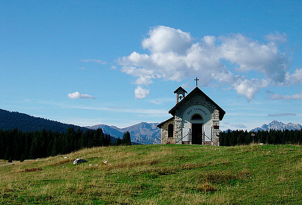 Le vicende della Chiesa Campestre di San Lorenzo in Marcesina