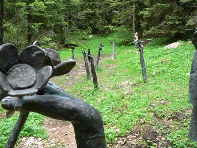 I percorsi delle Melette: il Sentiero del Silenzio | Porta della Memoria
